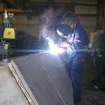 Teemme korjaushitsauksia ammattitaidolla teollisuuden erilaisiin tarpeisiin.