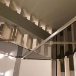Kiinteistön portaat ja RST-kaide.