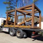 Huoltopukki valmistettiin Terästyö JK & JK:n pajalla ja kuljetettiin Äänekosken biotuotetehtaalle.